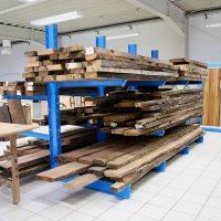 Weihnachtspause genutzt: 12,5 cbm getrocknetes Holz für den Tischler vorrätig