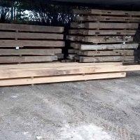 Insgesamt haben wir 15 cbm Altholz mit außergewöhnlichen Anforderungen geliefert.