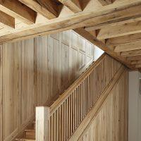 Treppenaufgang komplett aus Altholz