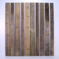 Sonnenverbrannte Bretter Fichte/Tanne strukturgebürstet