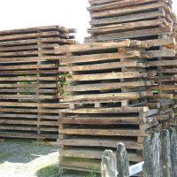 Historische Blockhausbohlen Eiche mit echter Innenwand-Patina