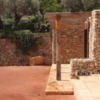 Harmonisch eingefügt in südlichen Gefilden: Antike Eiche und mehr …