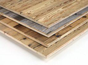 Dreischichtplatten mit einer Decklage aus alter Fichte, Tanne oder Kiefer