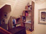 Bücherregale aus historischen Altholz für jede Nische