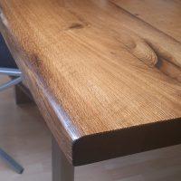 Tischplatte aus Altholz, Eiche mit gerundeten Kanten