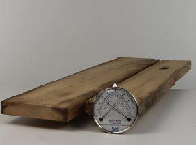 Sägeraue Bretter und Bohlen – gemischte Längen und Breiten, technisch getrocknet