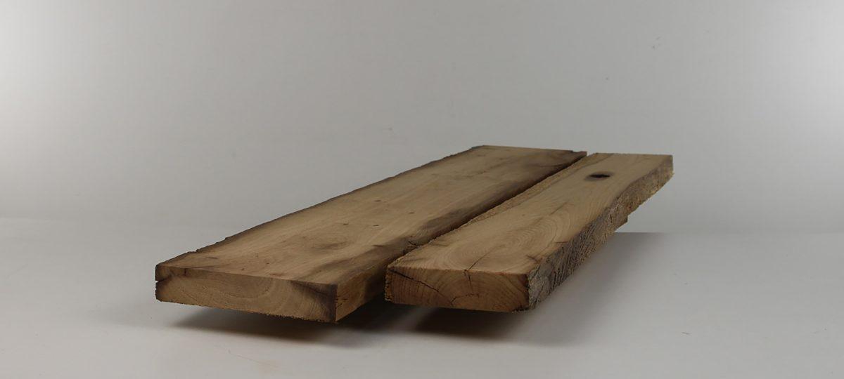 Sägeraue Bretter und Bohlen – gemischte Längen und Breiten, lufttrocken