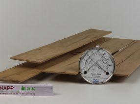 Sägefurnier aus altem Eichenholz – auf Maß gefertigt, technisch getrocknet