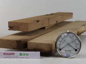 Sägeraue Bretter und Bohlen – auf Maß gefertigt, technisch getrocknet