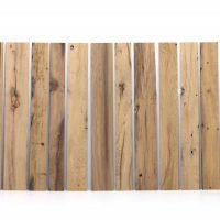 Planparallel gehobelten Altholzbretter und -bohlen in gemischten Längen und Breiten