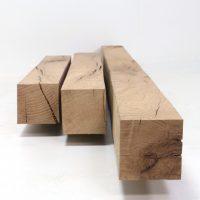 Sie erhalten bei uns vierseitig gesägte Kanthölzer in Querschnitten ab 6 mal 6 cm.